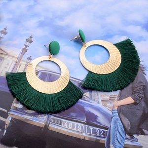Jewelry - 🎁 Gold & Dark Forest Green Fringe Earrings